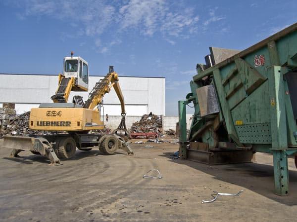 Smaltimento-e-rottamazione-rifiuti-Parma