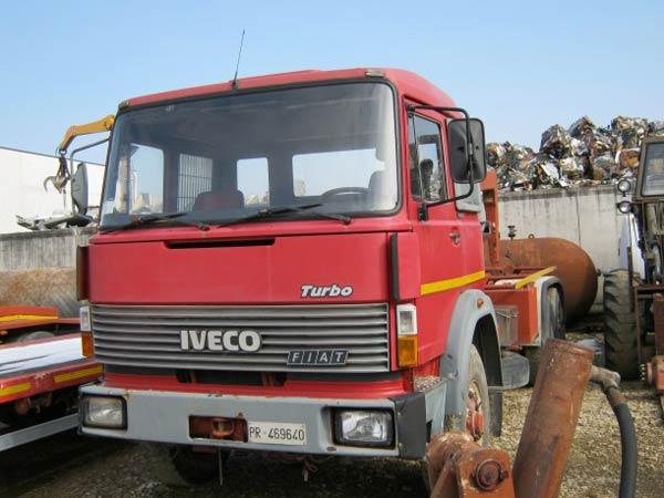 Vendita-camion-rimorchio-ribaltabile-Parma