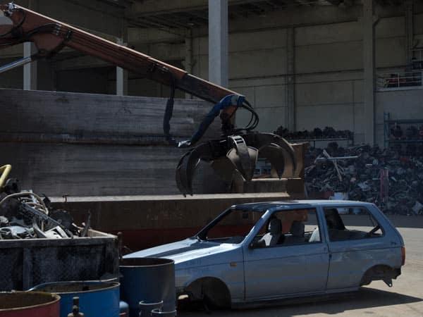 quanto-costa-demolire-la-macchina-Traversetolo